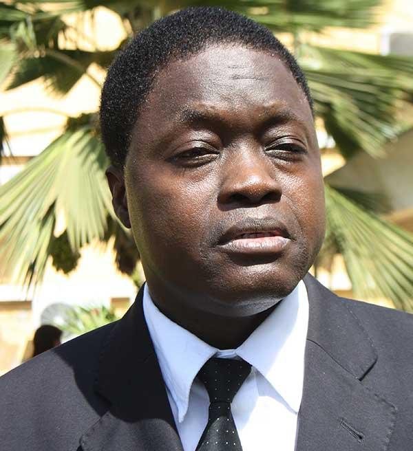 Diégane Sène succède momentanément à Djibo Ka — URD