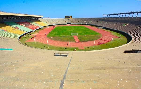 L annonce de la réfection du stade Léopold Senghor ne peut être qu une  bonne nouvelle pour les sportifs sénégalais qui ont toujours réclamé la  remise à neuf ... 3bd9c07a2885
