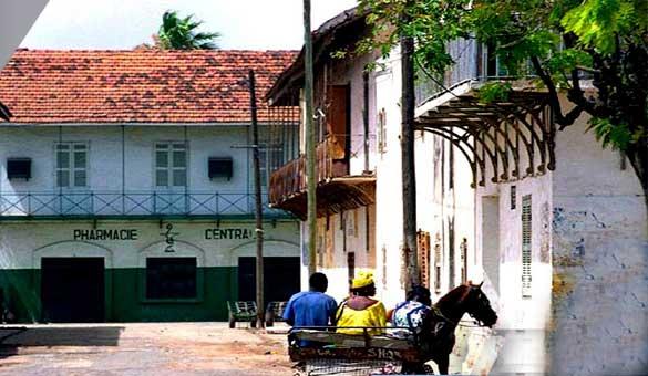 Patrimoine des journ es portes ouvertes sur les maisons et jardins de saint louis - Portes ouvertes saint louis ...