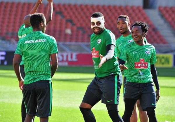 Le gardien sud-africain s'est entrainé avec un masque